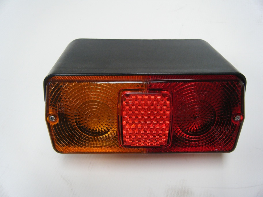 Super Q Tail Light